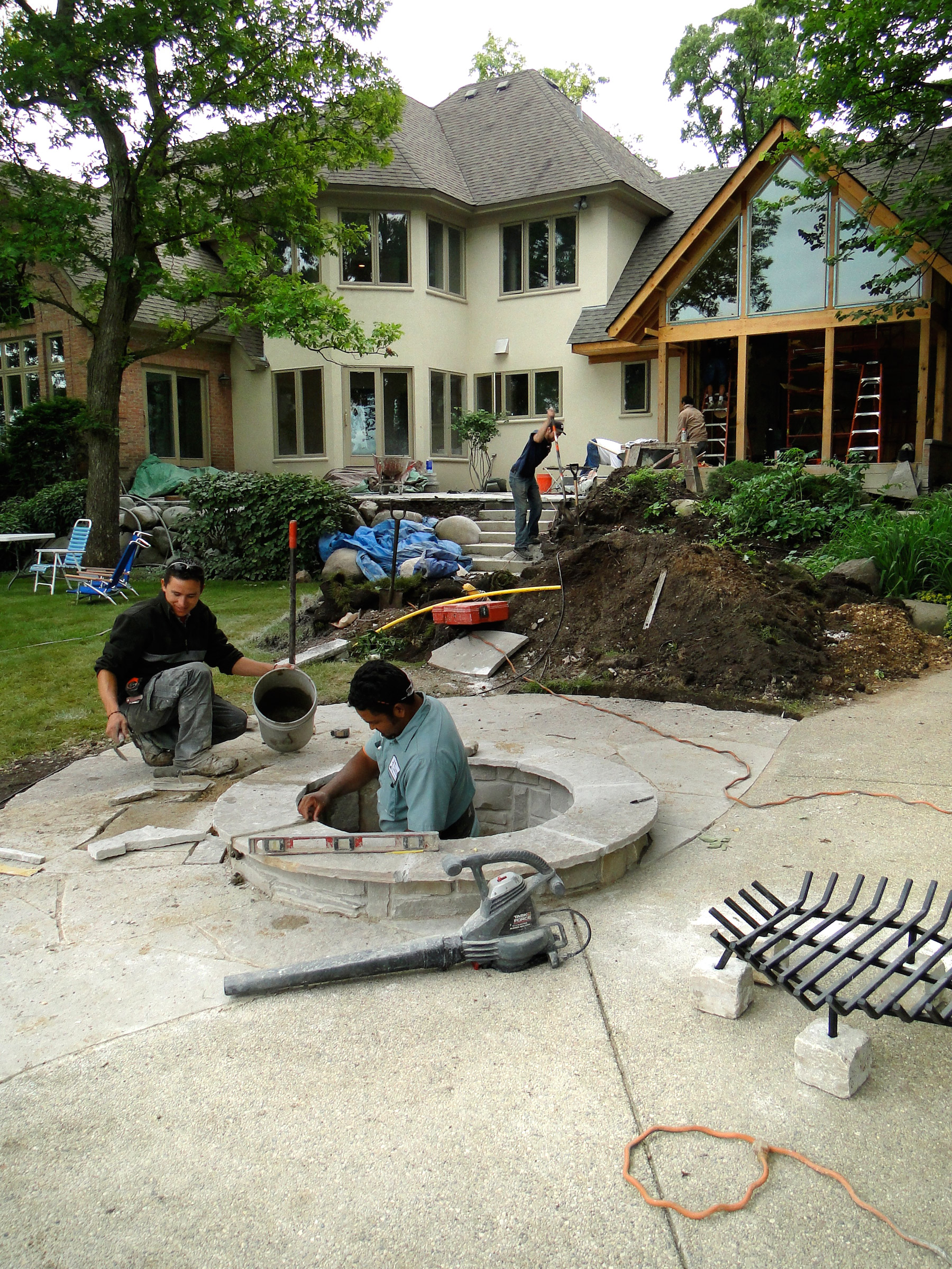 Fire pit constructed of Eden Flagstone